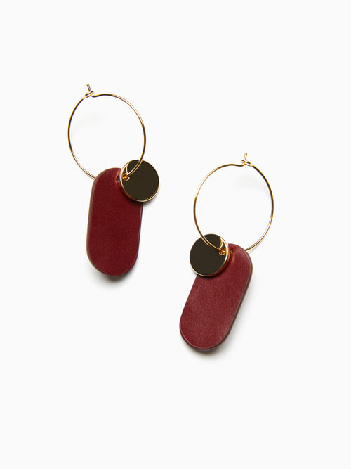 GOLDY LEATHER EARRINGS (Burgundy)